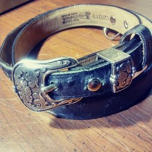 Justin brand leather belt. 40in.